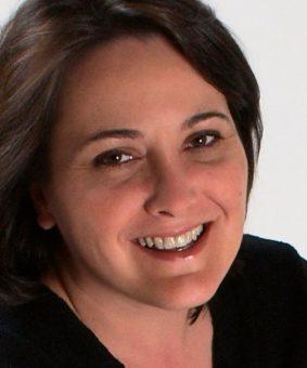 Lura Frazey headshot
